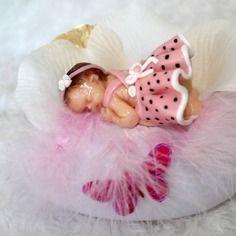 Veilleuse à led variation de couleur motif bébé endormie robe à pois