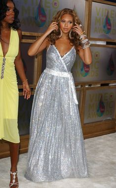 Beyonce Knowles Photos - 2005 MTV Video Music Awards - Arrivals.American Airlines Arena, Miami, Florida.August 28, 2005. - 2005 MTV Video Music Awards - Arrivals