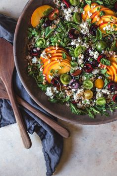 I can't get enough of stone fruits right now. It's as if I've discovered them for the first time. Peaches and nectarines, soft or crunchy, I've been eating them all lately. I made a lovely stone fruit salad today with yellow peaches, cherries, tomatoes French feta, fresh basil and farro. This salad