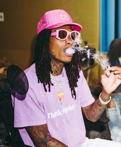 Wiz Khalifa Smoking, Hood Wallpapers, The Wiz, Music Artists, Celebrities, Posters, Poster Prints, Hiphop, Legends