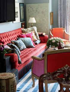 NYC interior designer Jeffrey Bilhuber loves to use bullion fringe on sofas and chairs and he finds a place for it whether decorating in the...