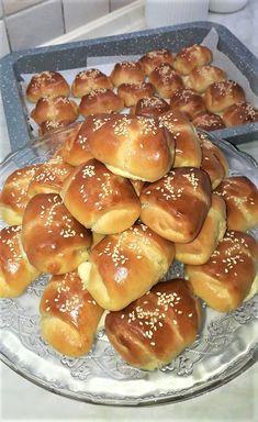 Bread Rolls, Greek Recipes, Pretzel Bites, Flora, Snacks, Breakfast, Rage, Kuchen