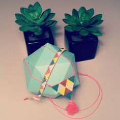 Parure sautoir et bracelet en perles Miyuki, cuivre, blanc, bleu vert, jaune et rose fluo : Parure par laboutiquedesmidinettes
