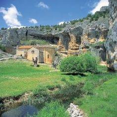 Cañón del río Lobos (Castilla y León) Places Ive Been, Places To Go, Spain Travel, Homeland, Rio, Canon, Scenery, Camping, Mansions