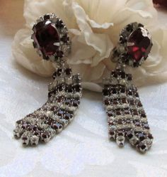 Vintage rhinestone red and clear dangle clip earrings by mickyme2