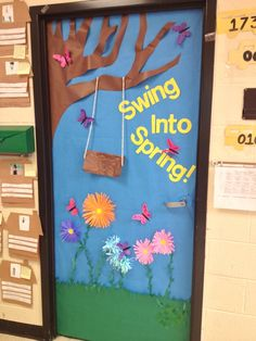 Spring door decorations classroom | Spring door. Rhyming. Kindergarten.