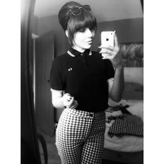 If the iPhone weren't there I'd swear this pic was from the Fred Perry Dress, Fred Perry Polo, Skinhead Girl, Skinhead Fashion, Mod Fashion, Punk Fashion, Girl Fashion, Ska Punk, Mod Look