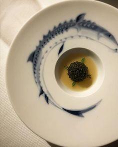 Caviar con Puchero andaluz de @DaniGarcia7.   #marbella #danigarcia #malaga #michelin #food #foodphotography #gastronomy #caviar