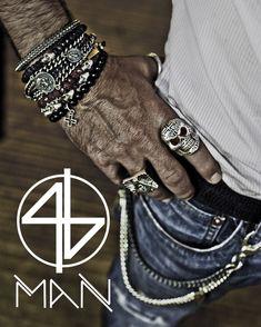 Chubster loves accessories - Plus Size Men fashion - Mode homme grande taille - . King Baby Jewelry, Estilo Rock, Fashion Mode, Latest Fashion, Schmuck Design, Mode Style, Bracelets For Men, Vintage Men, Watches For Men
