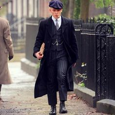 His name is John Shelby John Shelby Peaky Blinders, Peaky Blinders Series, Cillian Murphy Peaky Blinders, Finn Cole, Joe Cole, Peeky Blinders, Big Blue Eyes, News Boy Hat, Gentleman Style