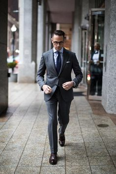 All Business: The Classic Charcoal Grey Suit #menssuitscharcoal
