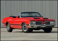 S106 1970 Oldsmobile 442 Convertible 455/370 HP! Yes, that's my style!