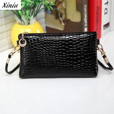 New Faux Leather Handbag For Women Casual Mini Messenger Bags Crossbody  Clutch Bag Credit Card Coin 3ea985f905567