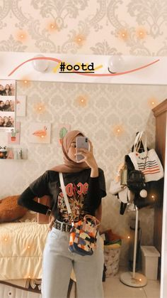 Casual Hijab Outfit, Ootd Hijab, Hijab Chic, Cute Casual Outfits, Simple Outfits, Modern Hijab Fashion, Street Hijab Fashion, Hijab Fashion Inspiration, Fashion Outfits