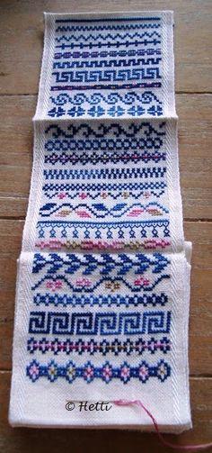 Om de lente in Nederland een handje te helpen..... de Lente Freebie. Dit is de laatste van de 4 Jaargetijden freebies in een klein formaat.... Cross Stitch Boarders, Cross Stitch Flowers, Cross Stitch Designs, Cross Stitching, Cross Stitch Patterns, Hand Embroidery Tutorial, Hand Embroidery Stitches, Cross Stitch Embroidery, Samara