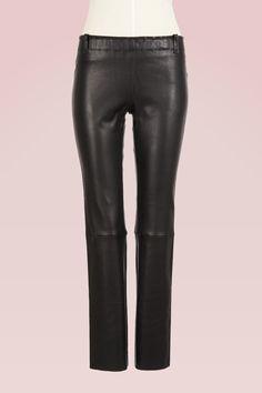 Die 35 besten Bilder von Leder   Leather fashion, Leather outfits ... 6285814c2f