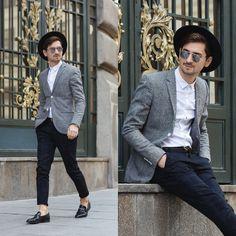 Blog post: http://themysteriousgirl.ro/ro/2015/10/sunday-stroll/ Instagram: https://instagram.com/adriansunriseinc/  black hat pants grid white shirt round sunglasses mirrored grey jacket blazer shoes