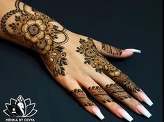 Beautiful and Easy Mehndi Designs For Eid You Must Try - Tikli Stylish Mehndi Designs, Mehndi Designs For Girls, Mehndi Design Pictures, Mehndi Designs For Fingers, Beautiful Mehndi Design, Latest Mehndi Designs, Henna Tattoo Designs, Mehandi Designs, Mehndi Images