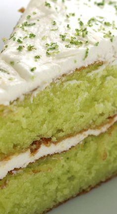 Easy Lime Cake with Cream Cheese Frosting ~ So simple. One amazing and flavorful cake. Lemon Dessert Recipes, Cake Mix Recipes, Pound Cake Recipes, Sweet Recipes, Delicious Desserts, Key Lime Cake, Key Lime Pound Cake, Key Lime Cupcakes, Lemon Cake Mixes