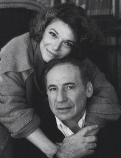 Anna Maria Italiano a. Anne Bancroft with husband Mel Brooks. Hollywood Couples, Celebrity Couples, Hollywood Stars, Classic Hollywood, Old Hollywood, Anne Bancroft, Extraordinary People, Marilyn Monroe Photos, September 17