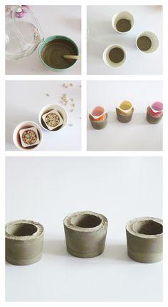 DIY: photophores for Christmas , Ceramic Decor, Ceramic Bowls, Ceramic Pottery, Mosaic Garden Art, Beton Diy, Christmas Candle Holders, Concrete Crafts, Diy Molding, Diy Planters