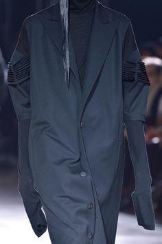 Ss shirt idea // Visions of the Future // Yohji Yamamoto f'16.