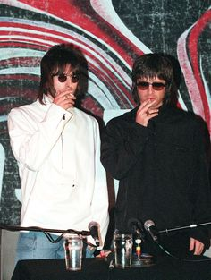 Just in time for Supersonic, here's our primer on getting Oasis's mod-tinged '90s look for fall.