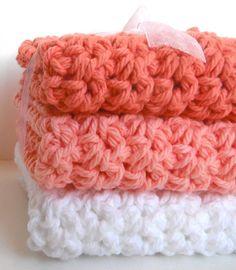 Ombre. Crochet Dishcloths Washcloths.  Peach & White.