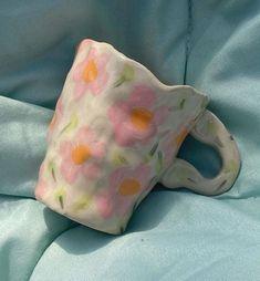 Ceramic Clay, Ceramic Pottery, Pottery Art, Slab Pottery, Ceramic Jewelry, Pottery Studio, Ceramic Bowls, Diy Clay, Clay Crafts