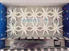 lichterkette au en on pinterest party lichterkette string lights and table decorations. Black Bedroom Furniture Sets. Home Design Ideas