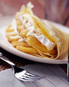 #Recette pomme Ariane : crêpes aux camembert et #pommes Ariane fondante Fondant, Tarragon Vinegar, Bearnaise Sauce, French Food, Crepes, Hot Dog Buns, Food To Make, Food And Drink, Mille Crepe