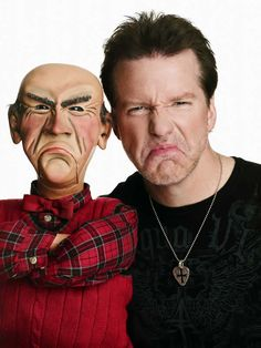 Jeff Dunham (w/Walter: grumpy old man puppet). If you're not familiar with Jeff Dunham, check out his videos -- best ventriloquist in the WORLD! His routines will make you wet your panties! Live Comedy, Comedy Show, Jeff Dunham Walter, Movie Stars, Movie Tv, Celebs, Celebrities, Funny People, Nice People