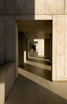 Salk Institute in La Jolla by Louis Kahn #shadow #material