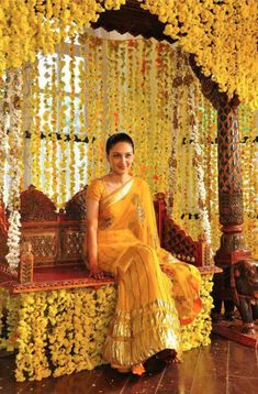 Looking to get a Haldi Ceremony Photoshoot? Must Try Haldi Ceremony quirky & fun ideas to be capture with your loved one. Desi Wedding Decor, Wedding Stage Decorations, Wedding Mandap, Dress Wedding, Wedding Flowers, Wedding Bridesmaids, Wedding Ceremony, Indian Bridesmaids, Marriage Decoration