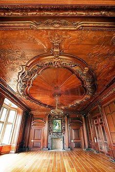 Crocker Mansion ballroom