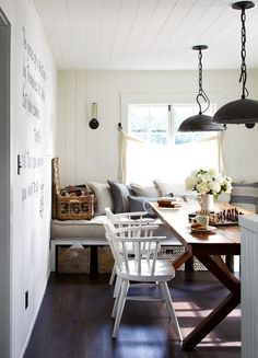 charming little dining room