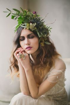 Love this floral headpiece/floral crown for a bride Bridal Headpieces, Bridal Hair, Hair Wedding, Wedding Blog, Floral Fascinators, Floral Headbands, Destination Wedding, Coiffure Hair, Corona Floral
