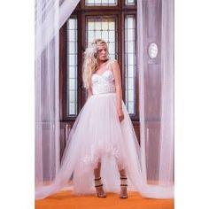 Bridal Dresses, Image, Fashion, Wedding Dresses, Fashion Styles, Bridesmade Dresses, Wedding Dressses, Bridal Gowns, Fashion Illustrations