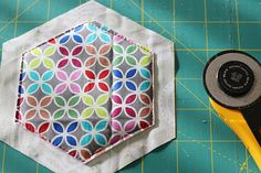 Hexagonal coasters tutorial! Fabric Squares, Different Fabrics, Quilting Projects, Fabric Patterns, Quilts, Coasters, Blog, Photography, Scrappy Quilts