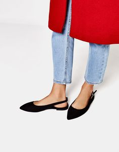 Flat faux fur slingback shoes with pointed toes. Discover this and many more items in Bershka with new products every week