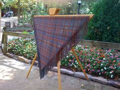 This is one of my favorites on dewberryridge.com: Triangle Loom--It adjusts from 3 feet to 7 feet!!!   and NO SHIPPING!!  I must have this!