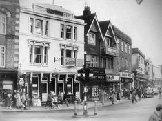 Calverley Road pre-Royal Victoria Place in this undated picture. Old Photos, Vintage Photos, Camden Road, Dover Kent, Old Pub, Tunbridge Wells, England, Street View, Wellness