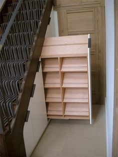 More under the stairs storage ideas — a place your shoes can call home :) - Fund.
