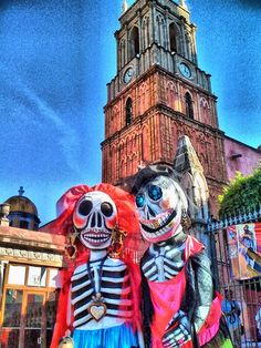 Calaveras en el zocalo - Mexico Mexican Celebrations, Mexico Style, Holiday Day, Mexican Dresses, Mexicans, The Beautiful Country, Foreign Language, Mexican Art, Before Us