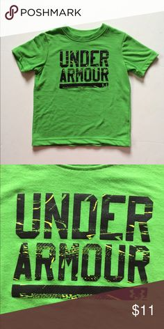 Under Armour Tee Cute top! No stains or tears. Minimal wash wear. Under Armour Shirts & Tops