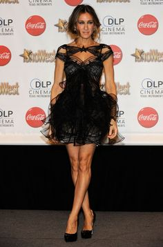 ba3025d251 Sarah Jessica Parker in Marchesa. Love at first sight