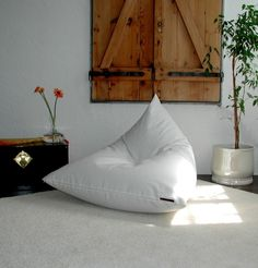 Sit down and relax! Lovely beanbag with a reference from a cream-colored, heavy cotton blended fabrics. Filled with about absolutely dust-free polystyrene beads (no shredded recycled.Iceberg beanbag by donnalupina – a unique product by donnalupina Sofa Furniture, Furniture Design, Floor Cushions, Home And Living, Design Trends, Bean Bag Chair, Relax, Room Decor, Pillows