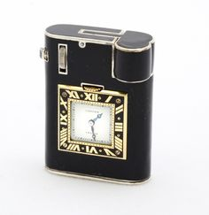 Cartier Art Déco Lighter with Watch - by Cartier, Paris.