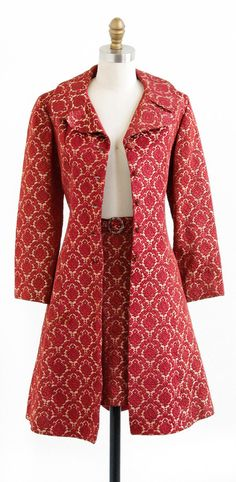 vintage 1960s ultra mod coat + mini skirt set from Carnaby St. in London | http://www.rococovintage.com