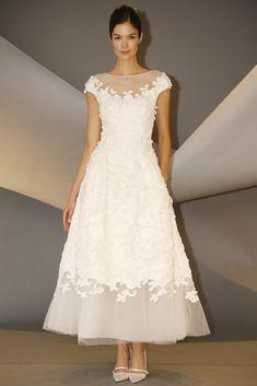 Vestido de novia de Carolina Herrera (FW 2014) #weddingdresses #NYBW